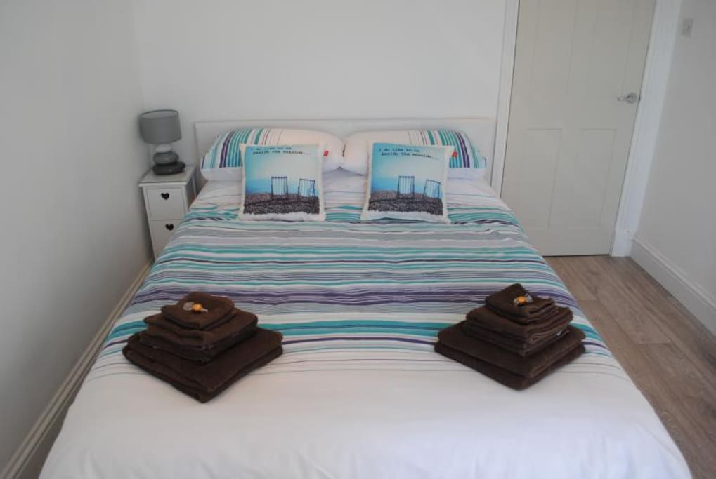 King size bed with all linen and towels provided
