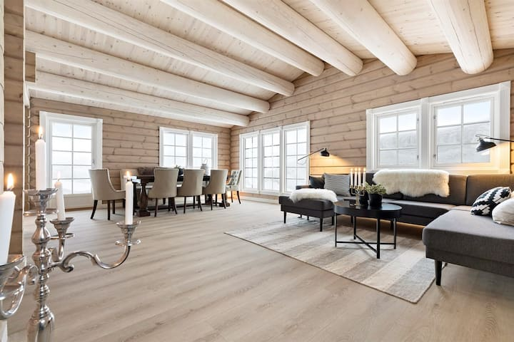 Large and luxurious family cabin in Myrkdalen