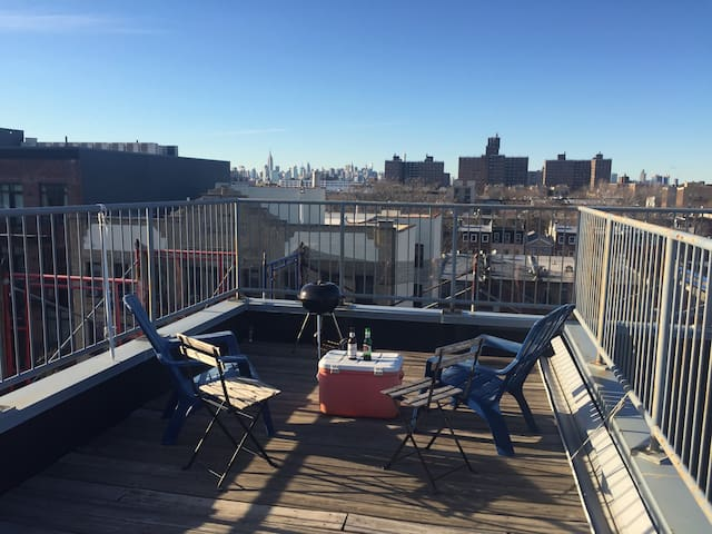 Room + Private Bathroom in Gorgeous DUPLEX - Brooklyn - Apto. en complejo residencial