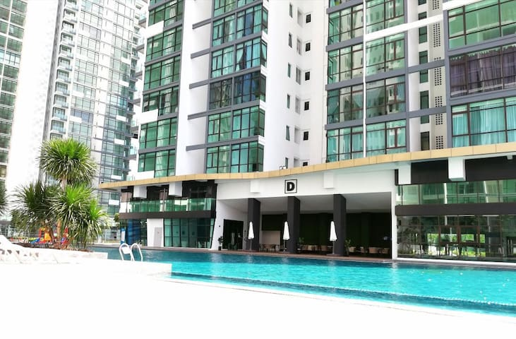 MID VALLEY and JB Town Quiet & Convenient Homestay