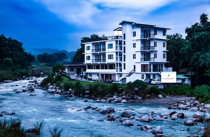 River View Room-2-Near Dharamshala/Kangra Airport