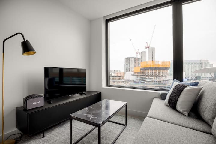 Lovely Seaport 1BR w/ Gym, Pool, W/D, near South Station, by Blueground