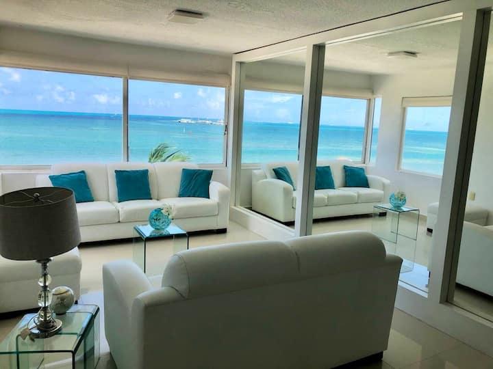 ¡Hermoso Condominio en la playa!