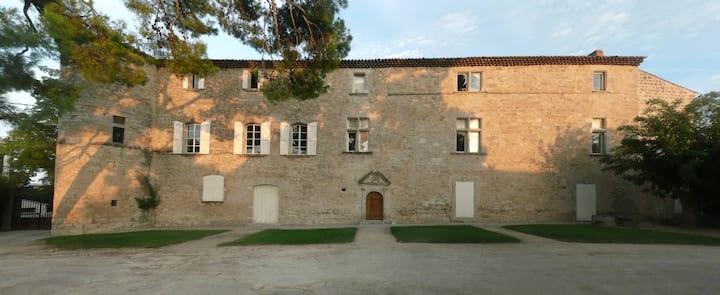 Château de Puilacher, XVIIe, 6 à 12 personnes