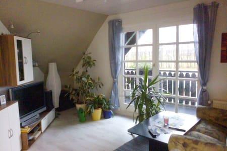 Gästewohnung mit Balkon - Dierdorf - Apartmen