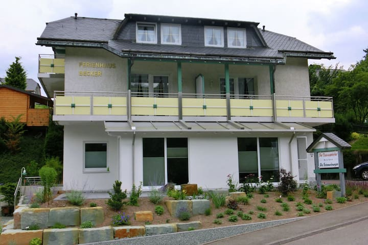 Peaceful Apartment in Schwalefeld with Garden