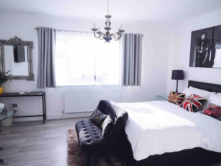 ♛The Orchard Room -Guest Suite-Private Entrance