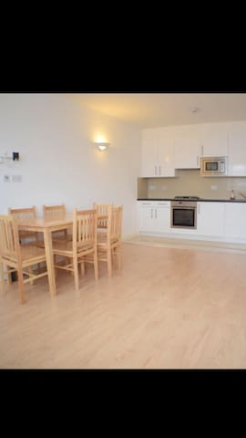 Cozy room in Golders Green in a shared flat