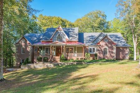 Riversol Estate - 10,000 sqft home on 180 acres