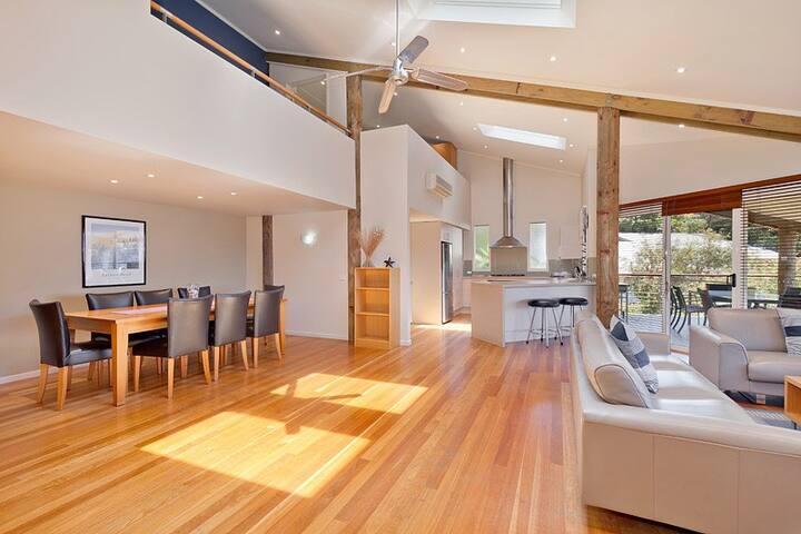 Executive Villa at Tathra Beach House