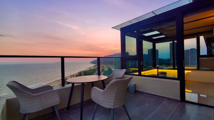 【一片海】五星级民宿,金町湾最美的三房两厅,每个房间都看海,带270度海景大露台,日出日落尽收眼底!