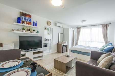 Cozy Room. Super Host and Reviews! - Hua Hin - Condominium