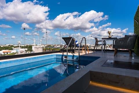 INCREÍBLE ático estudio CON VISTA AL MAR, piscina privada