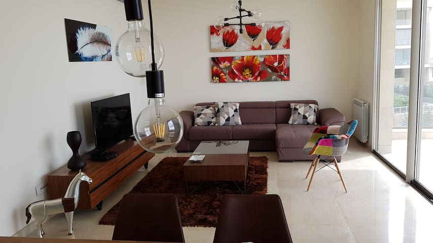 Charming apartment with stunning view in Beit Misk