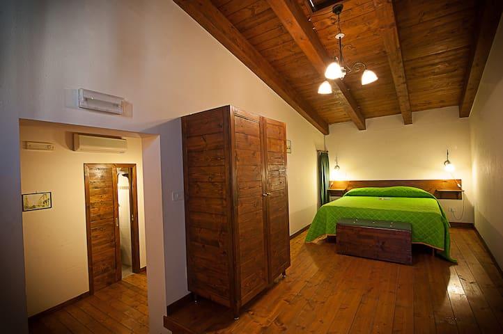ALBERGO TRIPOLI Affittacamere - Corato - Apartamento
