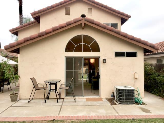 Cozy Rancho San Diego studio