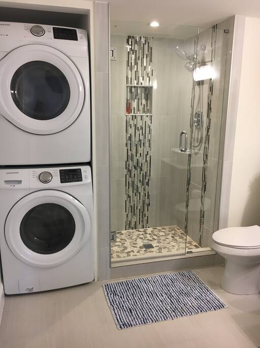 Washer & Drier Perfect for travelers
