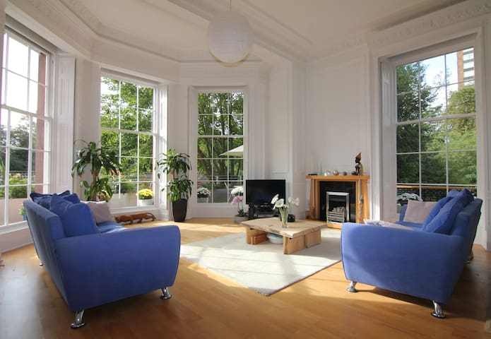 Sefton Park apartment in historic house - Liverpool - Apartemen