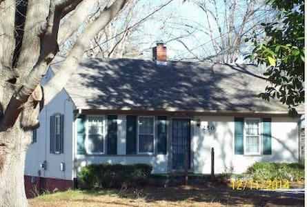 Home In Danville VA - Byt