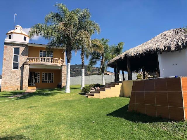 Casa de descanso muy cerca de Guadalajara Tesistan