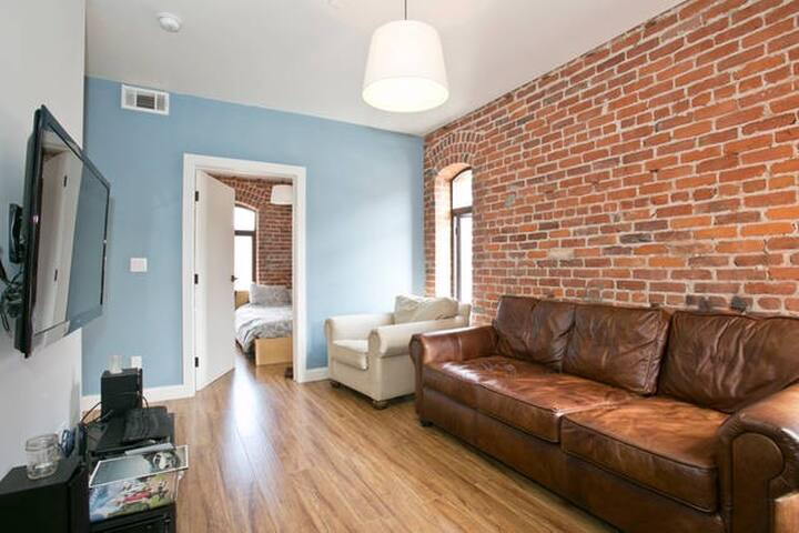 3 Bedroom in Jackson Square