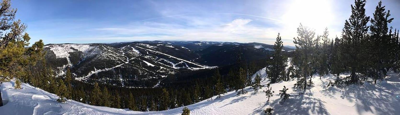 "Troll Ski Resort - ""The Little Lodge"""