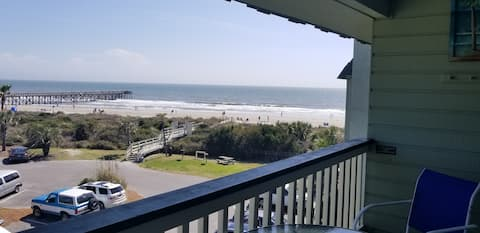 Charming Oceanfront 1BD ☼ Spectacular Ocean Views!