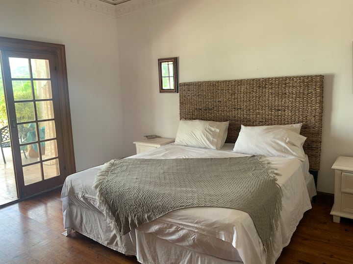 En-suite king room in beautiful villa