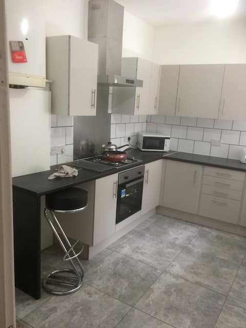 Double ensuite, with private kitchen