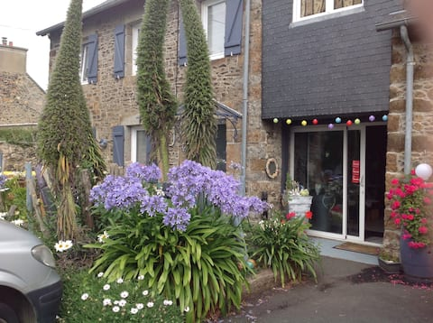 Holiday rental 10 min walk from the sea