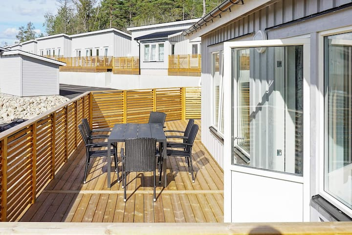 6 person holiday home in STRÖMSTAD