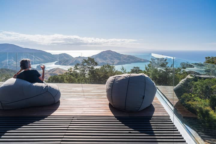 Peak View Retreat, Whangamoa, Nelson