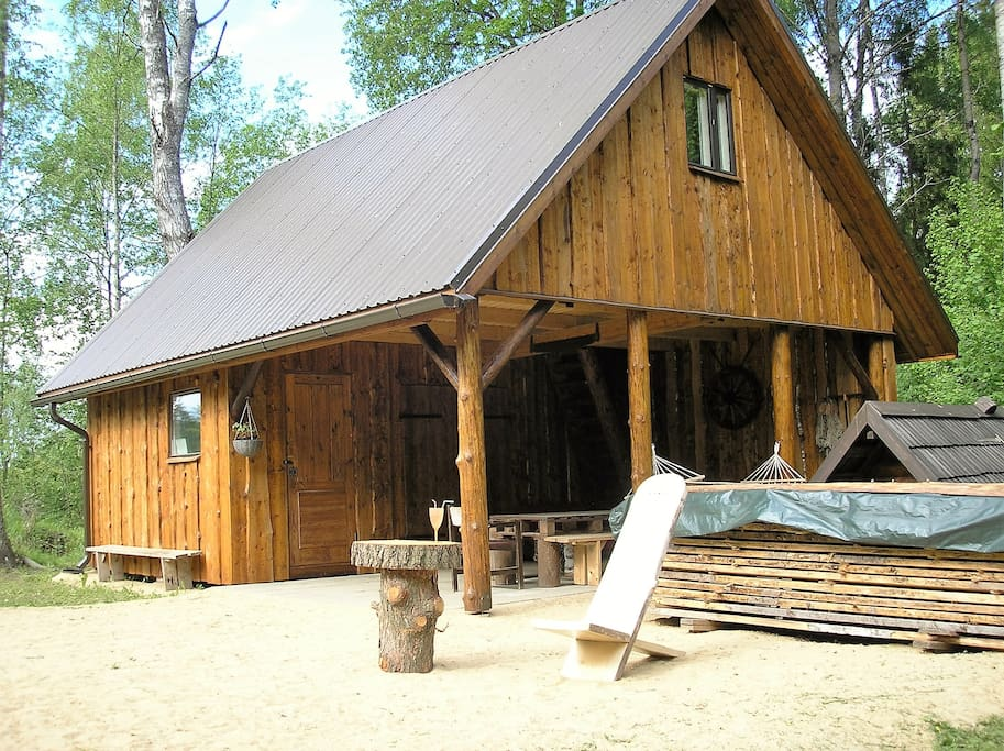 Large Cozy Room located on the second floor in the private Nature Lodge!