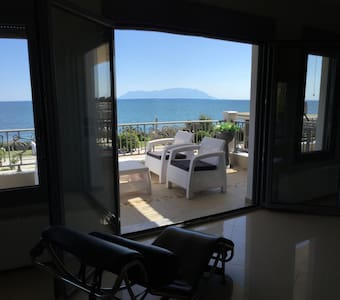 Breath taking Seaview penthouse - Alexandroupoli - วิลล่า