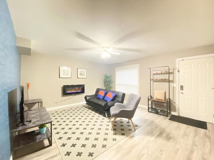2 bedroom private with separate entrance suite!