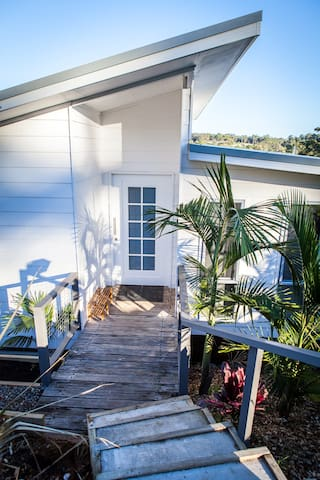 Surf Beach Holiday House - 5 min walk to beach! - Surf Beach - Ev