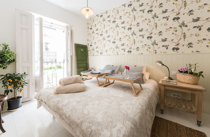 "BOTANICAL CHIC  2  BY ""EL PRADO"" - Madrid - Appartement"