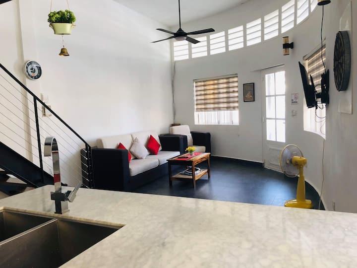 Modern Centro City Family Apartment (Full Kitchen)