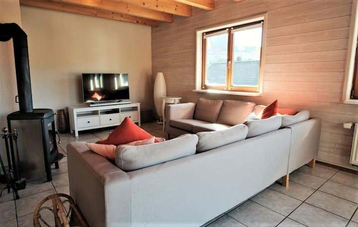 Haus Dürr23, (Lauterbach), Ferienhaus, 160qm, Kamin und Garten, 5 Schlafzimmer, max. 12 Personen