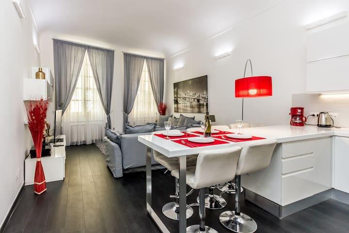 Elegant House Via Pia