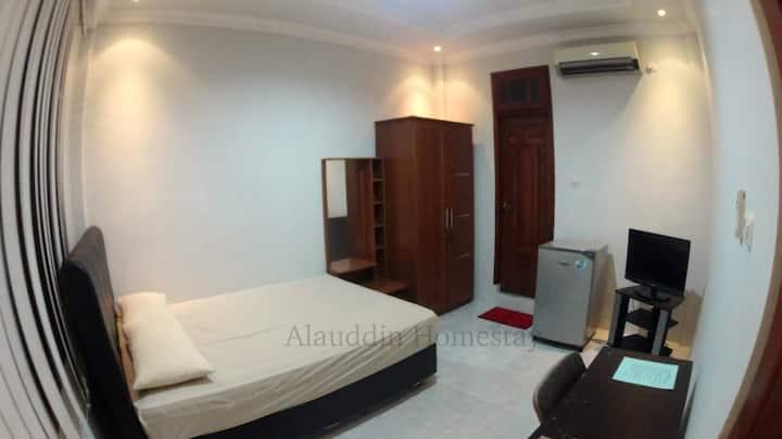Alauddin Homestay (301)