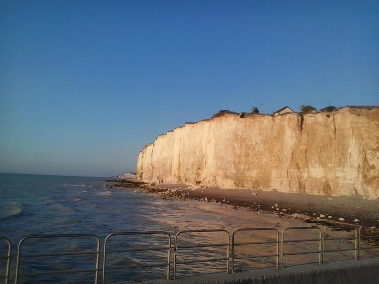 Cliffs at Mesnil-Val / Falaises de Mesnil-Val