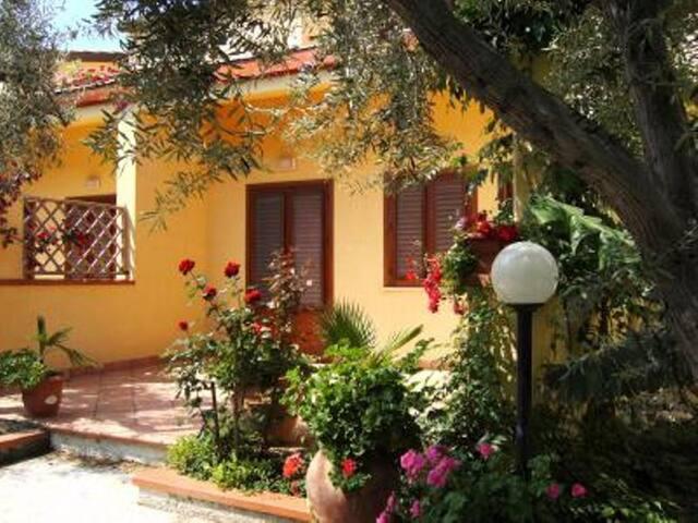 Casa al mare 1P - Mazzaforno - Σπίτι