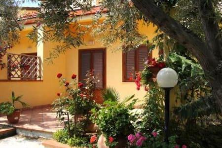 Casa al mare 1P - Mazzaforno - Hus