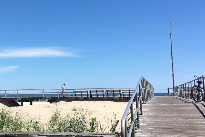 Entrance to beach & boardwalk