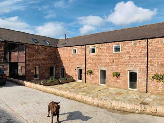 Middle Barn, Rushton Spencer