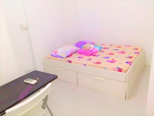 HighFloor City/chinatown *Queenbed room