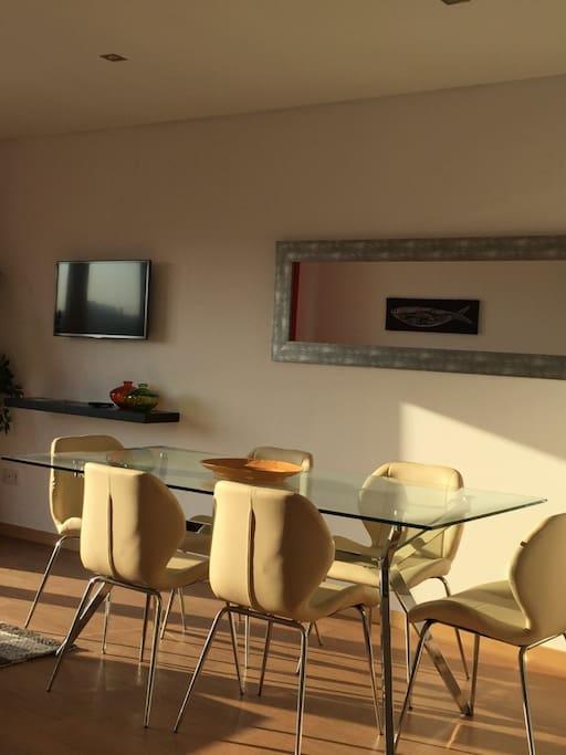 Sala de estar&jantar. Living room&dining room.