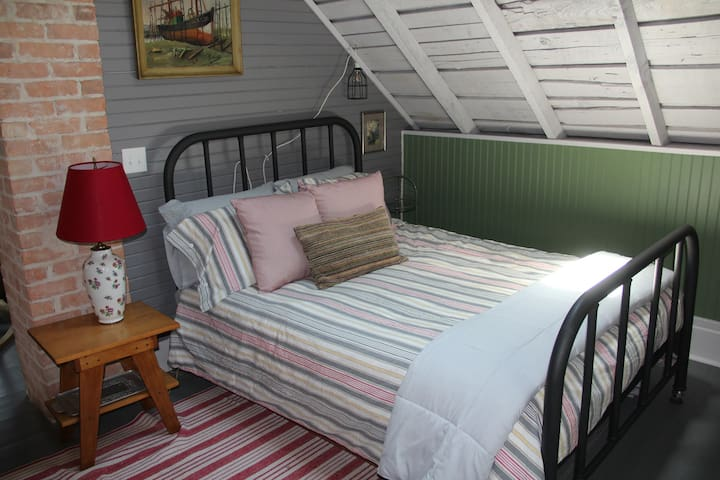 Second Floor Open Loft - Sitting Area with TV, Two Twin Beds, Two Twin Trundles, Full Size Bed, New, Very Efficient A/C & Heating System, Skylights, Child Safety Gate on Stairs