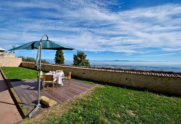 Appartamento per 4  con giardino - Montefollonico - Pis